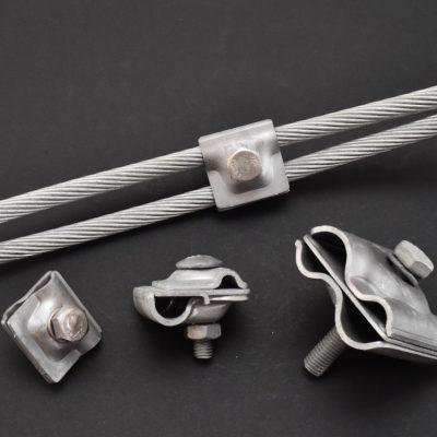 Raccords de liaison pour câbles sur fer à béton