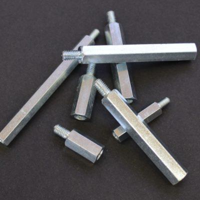 Entretoisses métalliques