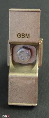 Sabot de terre à ailettes GBM