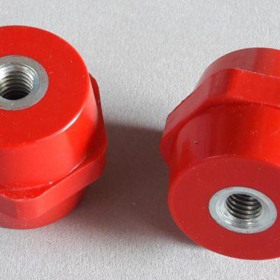 Isolateurs basse tension M10 hauteur 40mm