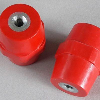 Isolateurs basse et moyenne tension M8 hauteur 50mm